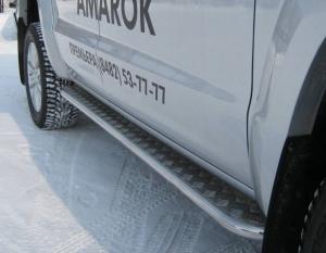 VolksWagen Amarok пороги труба d42 с листом VAL-000797